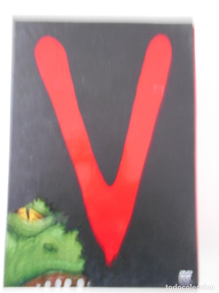 V. LA SERIE COMPLETA DE TV. 3 ESTUCHES CON 10 DVDS EN TOTAL. 610 GRAMOS. UN HITO EN LA HISTORIA DE (Series TV en DVD)