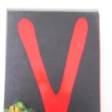Series de TV: V. LA SERIE COMPLETA DE TV. 3 ESTUCHES CON 10 DVD'S EN TOTAL. 610 GRAMOS. UN HITO EN LA HISTORIA DE. Lote 211427817