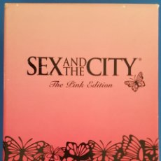 Serie di TV: DVD / SEXO EN NUEVA YORK (SEX AND THE CITY - THE PINK EDITION) HBO, 6 TEMPORADAS COMPLETAS + BONUS. Lote 214135585