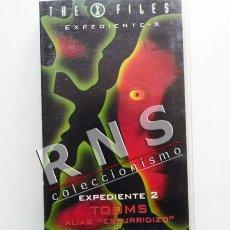 Series de TV: EXPEDIENTE X Nº 2 - TOOMS ALIAS ESCURRIDIZO - NUEVO PRECINTADO - SERIE TELEVISIÓN MISTERIO - VHS. Lote 36885440