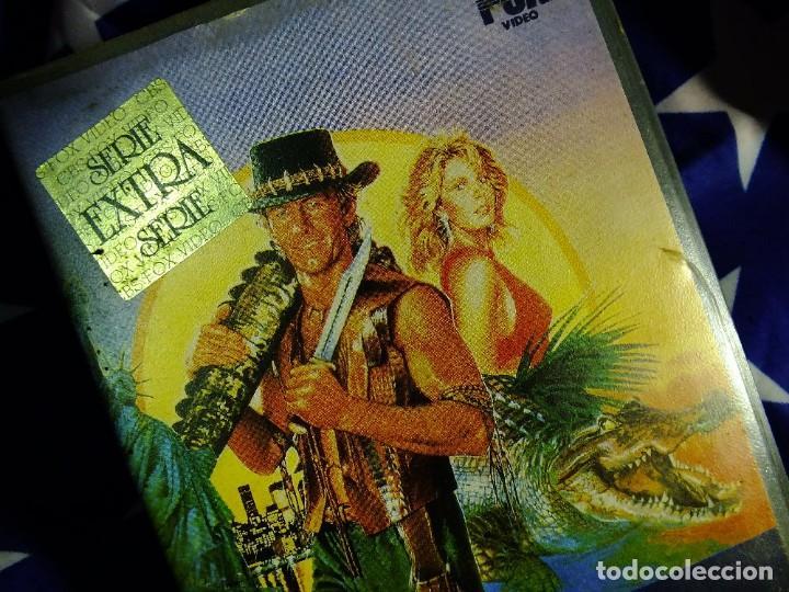Series de TV: Cocodrilo Dundee en VHS - Foto 2 - 99440207