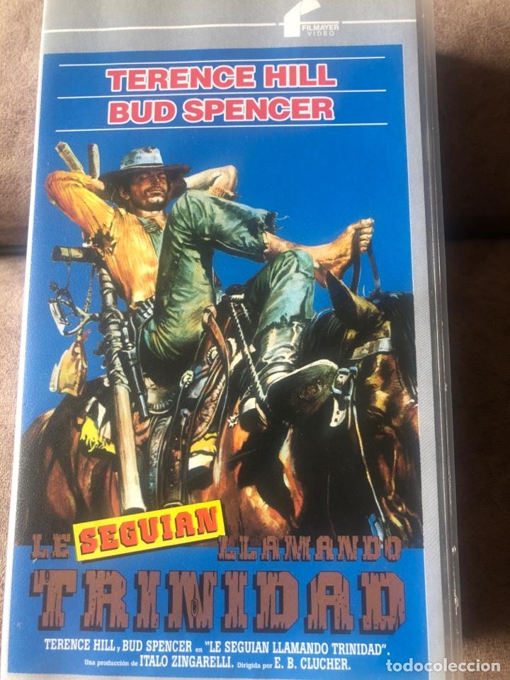 VHS LE SEGUÍAN LLAMANDO TRINIDAD - TERENCE HILL Y BUD SPENCER (Series TV en VHS )
