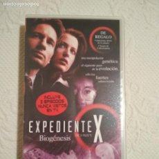 Séries de TV: CINTA VHS EXPEDIENTE X BIOGENESIS COLECCION EPISODIOS CLAVE THE X FILES. Lote 234019510