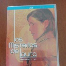 Series de TV: LOS MISTERIOS DE LAURA.. Lote 252901525