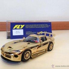Slot Cars: DODGE VIPER ORO DE FLY. Lote 45595026