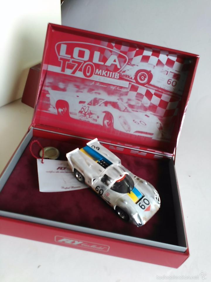 Slot Cars: FLY CAR MODEL LOLA T70 MKIIIB CHEQUERED FLAG ACCIDENTADO. IMPRESIONANTE. NUEVO. - Foto 2 - 57404184