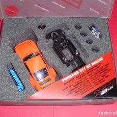Slot Cars: PORSCHE 911 FLY RACING KIT. BANDEJA DE PILOTOS EN LEXAN.. Lote 97817687