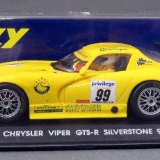Slot Cars: CHRYSLER VIPER GTS FLY SILVERSTONE 99 NUEVO CAJA REF A 8 SIN USO. Lote 168590924