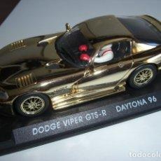 Slot Cars: DODGE VIPER GTS - R. EDICIÓN ESPECIAL ORO. Lote 179256418