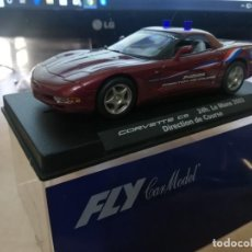 Slot Cars: CHEVROLET CORVETTE C-5 SCALEXTRIC DE FLY DIRECTION DE COURSE. Lote 194210607
