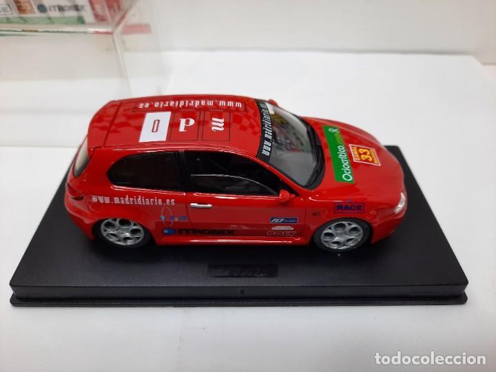 Slot Cars: ALFA ROMEO 147 GTA FLY ( Edición Especial Madridiario) SALON AUTOMOVIL MADRID 2004 SCALEXTRIC NUEVO! - Foto 7 - 222817490