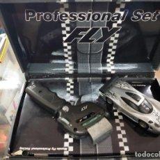Slot Cars: PACK EDICIÓN ESPECIAL FLY PROFESSIONAL SET.INCLUYE UN PORSCHE EVO RS YUN MANDO PROFESIONAL RF.FLY00. Lote 234137675