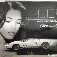 Slot Cars: FORD GT 40 EDICION LIMITADA N° 984 CON CATALOGO 2004 FLY. Lote 273998613
