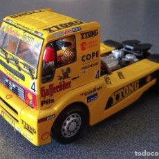 Slot Cars: CAMIÓN SCALEXTRIC FLY MAN. Lote 290912088
