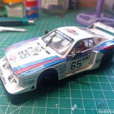 Slot Cars: SLOT CAR SCX SCALEXTRIC FLY GB34 LANCIA BETA MONTECARLO 24H LE MANS 1981 MARTINI. Lote 294061258