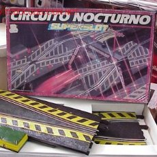 Slot Cars: SCALEXTRIC SUPERSLOT CHICANE LUMINOSA. Lote 27185037