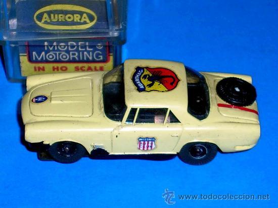 MASERATI SLOT CAR, FABRICADO EN PLÁSTICO, ESC. APROX. 1/75, AURORA, ORIGINAL AÑOS 60. CON CAJA. (Juguetes - Slot Cars - Magic Cars y Otros)