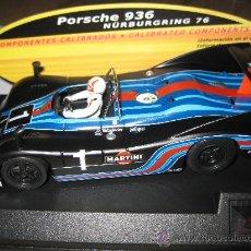 Slot Cars: PORSCHE 936 MARTINI NEGRO CON COMPONENTES CALIBRADOS DE SPIRIT. Lote 177819872