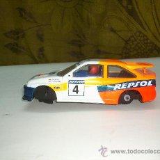 Slot Cars: COCHE DE PISTA MADE IN EGLAND VER FOTOS ( NO ES SCALEXTRIC). Lote 31084177