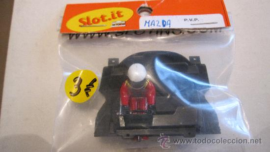 SLOT IT: BANDEJA DE PILOTOS MAZDA (NUEVO EN BLISTER ) (Juguetes - Slot Cars - Magic Cars y Otros)