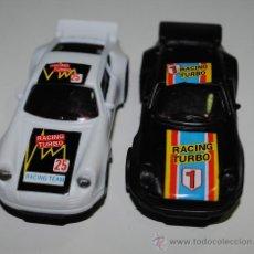 Slot Cars: PEQUEÑOS COCHES DE PISTAS. REPRESENTAN PORCHES. SIN USAR. 10CM DE LARGO. VER FOTOS. Lote 35367882