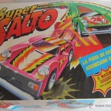 Slot Cars: PISTA DE CARRERAS, SUPER SALTO, DE POLISTIL, EN CAJA. CC. Lote 45129091