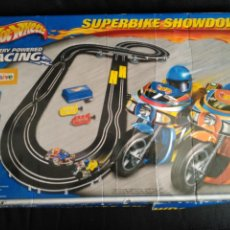 Slot Cars: SUPERBIKE SHOWDOWN HOTWHEELS CIRCUITO HOT WHEELS. Lote 60723639