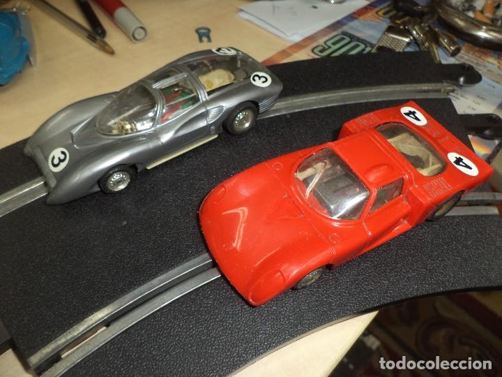 LOTE 2 COCHES 1/32 PARA PISTAS SLOT Y SCALEXTRIC POLICAR ITALY 1970.ALFA ROMEO LE MANS Y FERRARI P 5 (Juguetes - Slot Cars - Magic Cars y Otros)