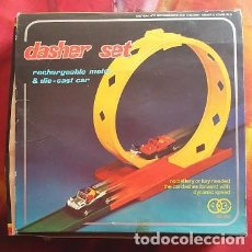 Slot Cars: LOOPING CAR DASHER SET CON COCHE BUGUI AÑOS 70. Lote 73667579
