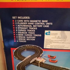 Slot Cars: SCALEXTRIC RACING PRO CON 2 COCHES (#). Lote 92713075