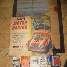 Slot Cars: PISTA SLOT AIRFIX MOTOR RACING MODEL M.R.125.MINI COOPER 1966 + ACCESORIOS.ESCALA 1/32.AÑOS 60.. Lote 97076943