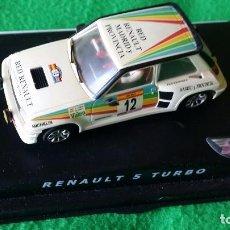 Slot Cars: RENAULT 5 TURBO CARLOS SAINZ – SPIRIT – GUIA BASCULANTE. Lote 98384859