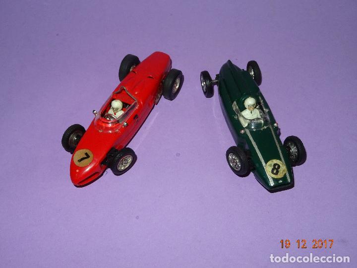 Slot Cars: Caja Circuito MOTOR RACING de AIRFIX con COOPER y FERRARI Escala 1/32 Igual a Scalextric - Año 1960s - Foto 2 - 106960487