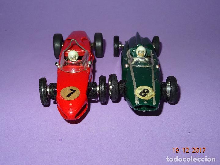 Slot Cars: Caja Circuito MOTOR RACING de AIRFIX con COOPER y FERRARI Escala 1/32 Igual a Scalextric - Año 1960s - Foto 4 - 106960487
