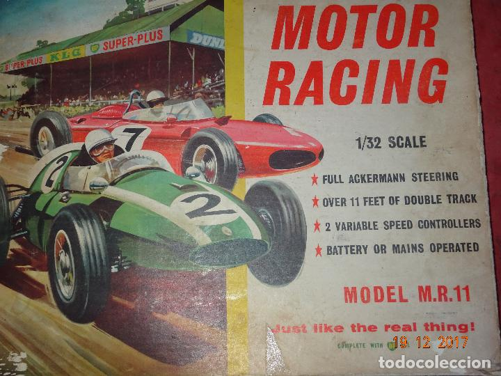 Slot Cars: Caja Circuito MOTOR RACING de AIRFIX con COOPER y FERRARI Escala 1/32 Igual a Scalextric - Año 1960s - Foto 8 - 106960487