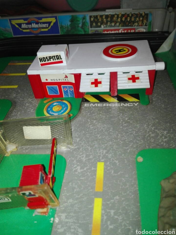 Slot Cars: Maletín MicroMachines eléctrico. Rancing team. - Foto 5 - 109830862
