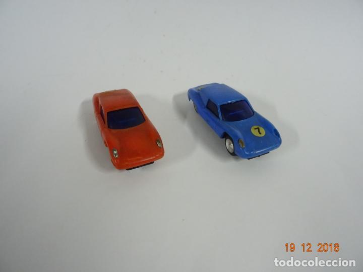 Slot Cars: Antiguo Circuito y Coches Slot con 2 PORSCHE GT LE MANS Fabricado en Hong Kong - Foto 4 - 149580322