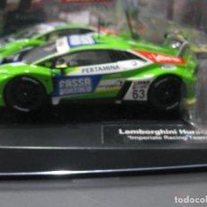 Slot Cars: LAMBORGHINI HURACAN GT3 VERDE Nº63 DE CARRERA. Lote 170887455