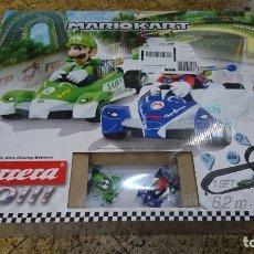 Slot Cars: PISTA DE CARRERAS MARIO KART DE CARRERA GO, MARIO BROS. Lote 172879113