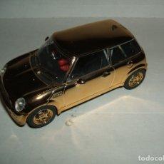 Slot Cars: MINI COOPER DE HORNBY COLOR DORADO. Lote 174206217