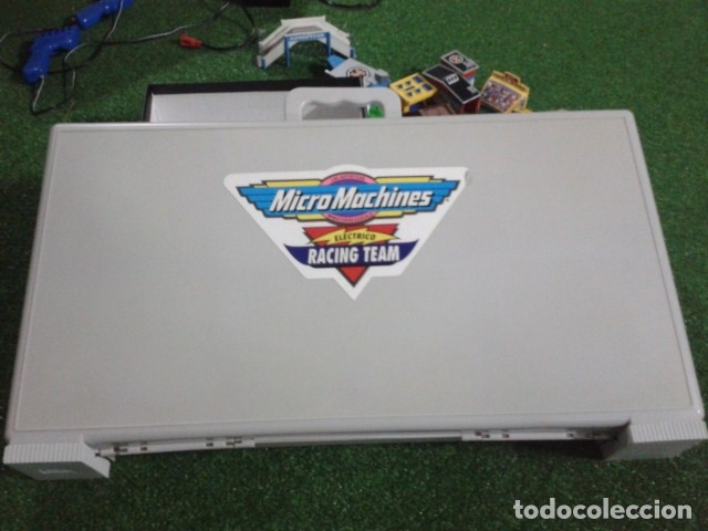 Slot Cars: MICROMACHINES ELECTRICO ( RACING TEAM - 1990 ) SCALEXTRIC MALETIN CON COCHES, MANDOS, CONECTOR , VER - Foto 2 - 177328562