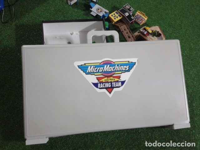 Slot Cars: MICROMACHINES ELECTRICO ( RACING TEAM - 1990 ) SCALEXTRIC MALETIN CON COCHES, MANDOS, CONECTOR , VER - Foto 3 - 177328562