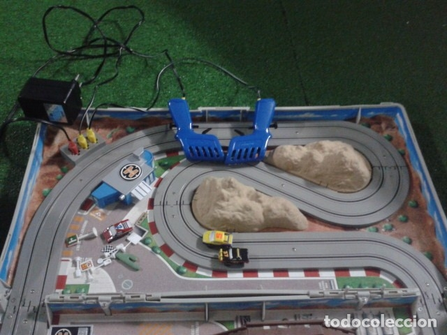 Slot Cars: MICROMACHINES ELECTRICO ( RACING TEAM - 1990 ) SCALEXTRIC MALETIN CON COCHES, MANDOS, CONECTOR , VER - Foto 12 - 177328562