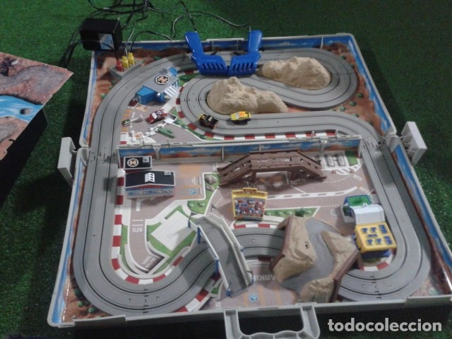 Slot Cars: MICROMACHINES ELECTRICO ( RACING TEAM - 1990 ) SCALEXTRIC MALETIN CON COCHES, MANDOS, CONECTOR , VER - Foto 20 - 177328562