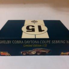 Slot Cars: SCALEXTRIC REVELL SHELBY COBRA DAYTONA COUPE EN CAJA. Lote 180495063