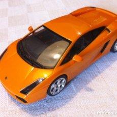 Slot Cars: SCALEXTRIC AUTOART LAMBORGHINI GALLARDO CON LUCES - COMO NUEVO. Lote 182256577