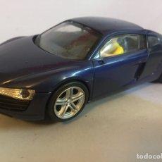 Slot Cars: SLOT CARRERA AUDI R8 . Lote 182909470