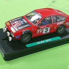 Slot Cars: ALFA ROMEO GTV DE GOM RALLYE COSTA BRAVA 1980 JOLLY CLUB. Lote 183210350