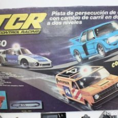 Slot Cars: PISTA TCR 7360 COMPLETA SOLO TIENE EL COCHE OBSTACULO .ORIGINAL.. Lote 188478570