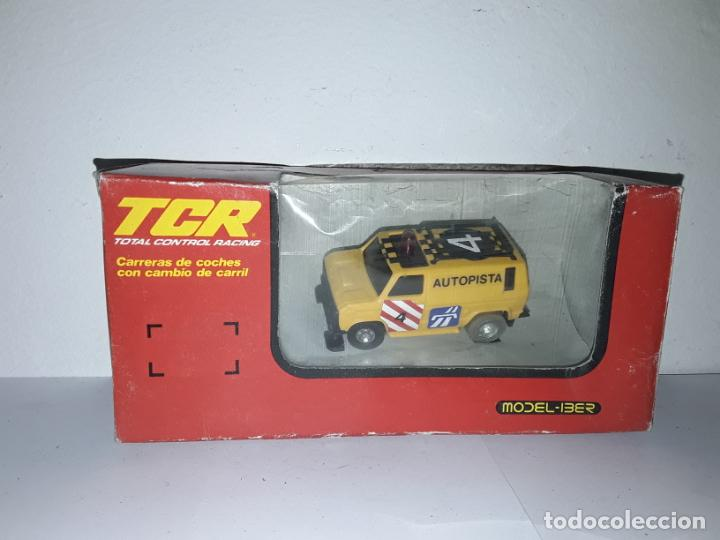 TCR FURGONETA OBSTÁCULOS AUTOPISTA CON LUZ MODEL-IBER (Juguetes - Slot Cars - Magic Cars y Otros)